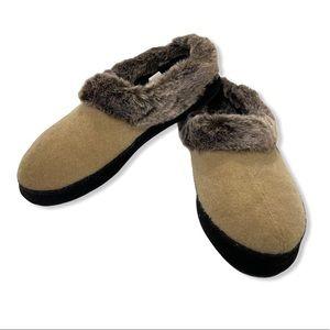Acorn Tan Faux Chinchilla Fur Slippers Size 8/9